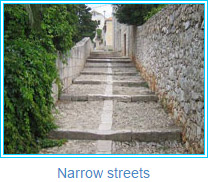 Narrow streets - photos